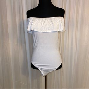 Like New Abercrombie Off-the-Shoulder Body Suit